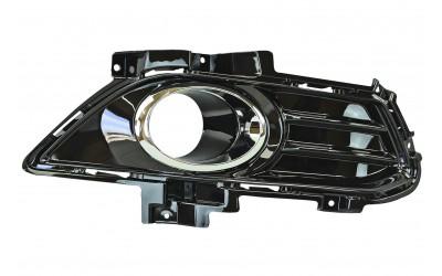Окантовка противотуманной фары правая Ford Mondeo 5 (2014-наше время) черная глянцевая