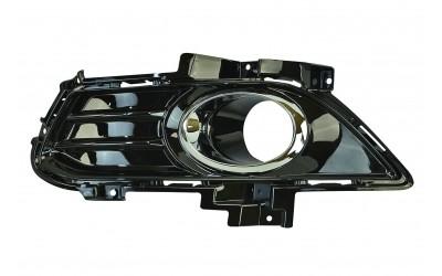 Окантовка противотуманной фары левая Ford Mondeo 5 (2014-наше время) черная глянцевая