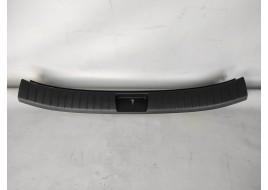 Порог багажника Hyundai Santa Fe 4 2.2 D (2018-нв) оригинал б/у