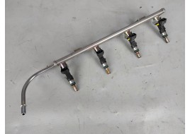 Рампа топливная Mitsubishi Outlander 3 PHEV 2.4 G (2013-нв) с форсунками оригинал б/у