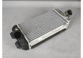 Радиатор интеркулера Hyundai Santa Fe 4 2.2 D (2018-нв) оригинал б/у