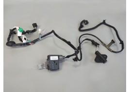 Радар Mitsubishi Outlander 3 PHEV 2.4 G передний с проводкой (8637A176) (2013-нв) оригинал б/у